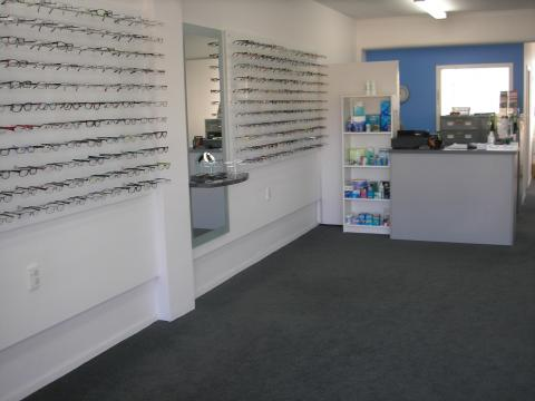 optometrist inside1