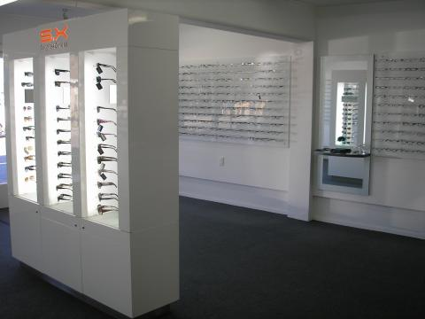 optometrist inside2