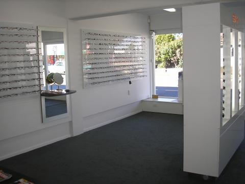 optometrist inside3